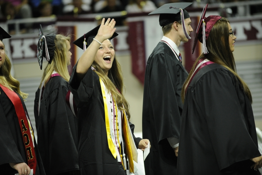 Eku Graduation 2020.Fall Commencement Office Of The Registrar Eastern